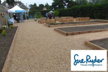 Sue Ryder Thorpe Hall use Nidagravel Grids for wheelchair friendly surface